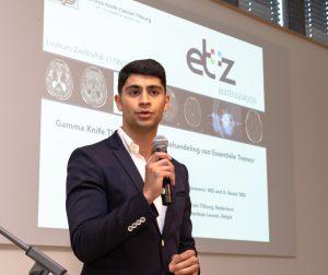 Nog veel winst te behalen in behandeling van Parkinson - Onderzoeker Hamid Reza Niknejad laat de verrassende resultaten van zijn onderzoek zien.