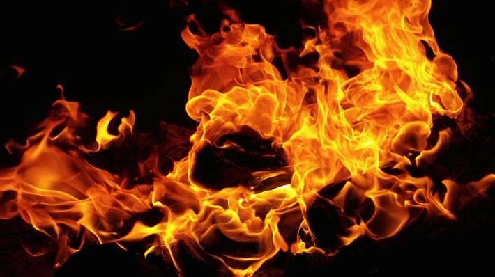 Schrijversatelier: Mijn vroeger - Ad Nouwens - foto van vuur